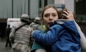 Godzilla mit Elizabeth Olsen - Bild 4