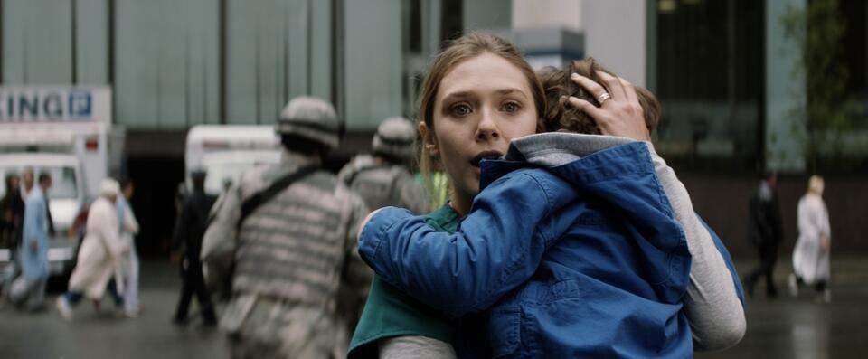 Godzilla mit Elizabeth Olsen