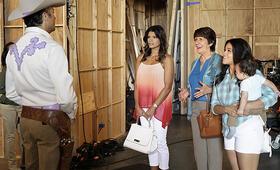 Staffel 2 mit Gina Rodriguez - Bild 34