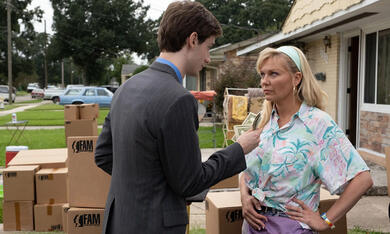 On Becoming a God in Central Florida, On Becoming a God in Central Florida - Staffel 1 mit Kirsten Dunst - Bild 1