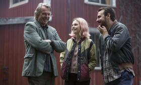 Die Wildente mit Sam Neill, Ewen Leslie und Odessa Young - Bild 19