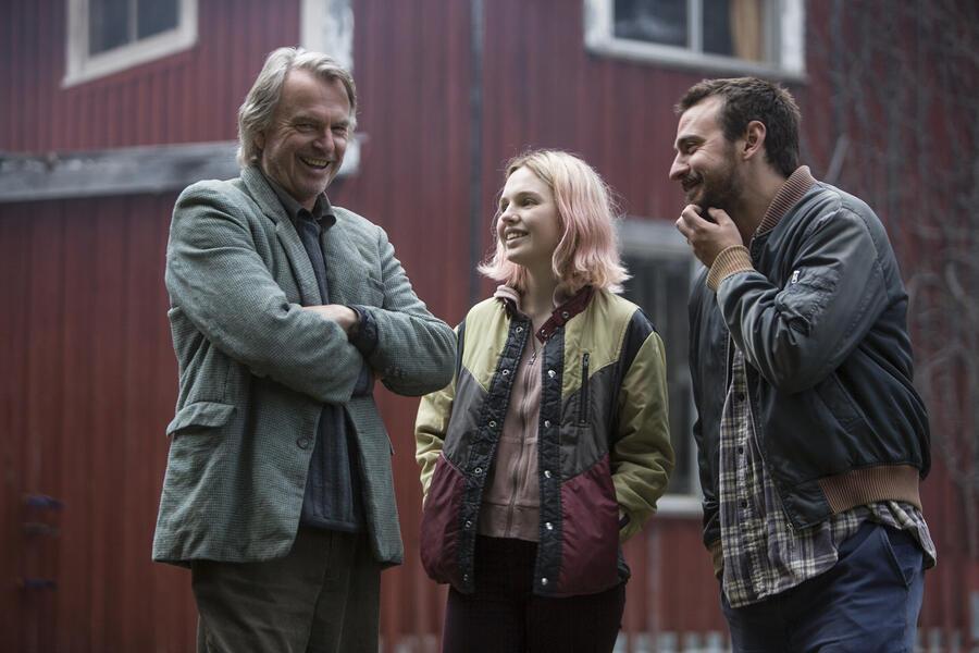 Die Wildente mit Sam Neill, Ewen Leslie und Odessa Young