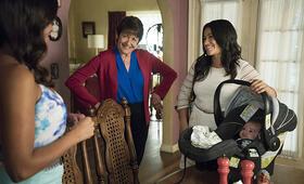 Staffel 2 mit Gina Rodriguez - Bild 36