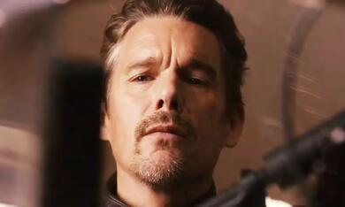 24 Hours to Live mit Ethan Hawke - Bild 1