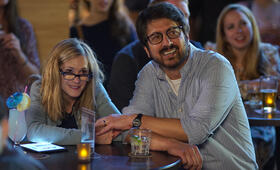 The Big Sick mit Holly Hunter und Ray Romano - Bild 16