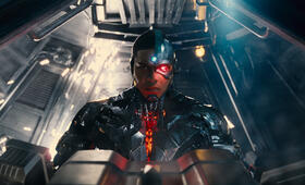 Justice League mit Ray Fisher - Bild 34