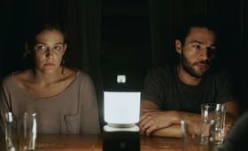 It Comes at Night mit Riley Keough und Christopher Abbott - Bild 18