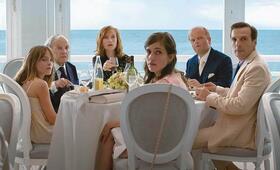 Happy End mit Isabelle Huppert, Jean-Louis Trintignant, Mathieu Kassovitz, Toby Jones, Laura Verlinden und Fantine Harduin - Bild 70