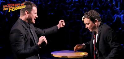 Channing Tatum und Jimmy Fallon spielen Egg Russian Roulette