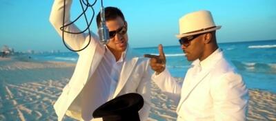 Jamie Foxx und Channing Tatum beim Herumalbern am Strand