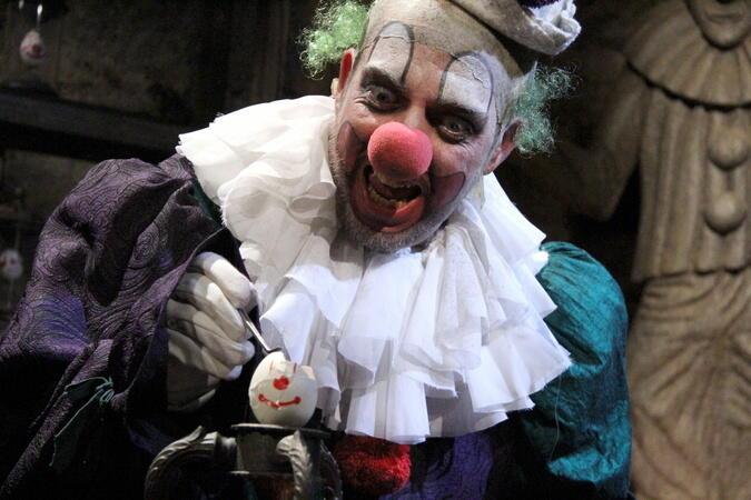 Stitches Böser Clown Besetzung