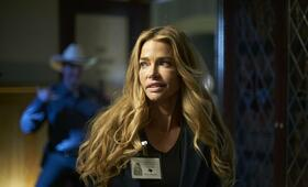American Violence mit Denise Richards - Bild 9
