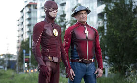 The Flash Staffel 3 mit Grant Gustin - Bild 14