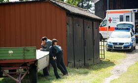 Polizeiruf 110: Angst heiligt die Mittel mit Charly Hübner und Anneke Kim Sarnau - Bild 38