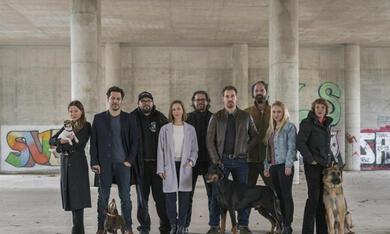 Dogs of Berlin mit Hannah Herzsprung, Fahri Yardim, Anna Maria Mühe, Katharina Schüttler, Katrin Sass, Christian Alvart, Felix Kramer und Frank Lamm - Bild 3