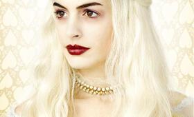 Alice im Wunderland mit Anne Hathaway - Bild 34