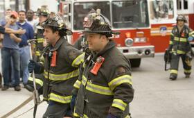 Chuck und Larry - Wie Feuer und Flamme mit Kevin James und Adam Sandler - Bild 114