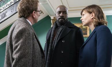 Evil, Evil - Staffel 1 mit Michael Emerson, Mike Colter und Katja Herbers - Bild 7