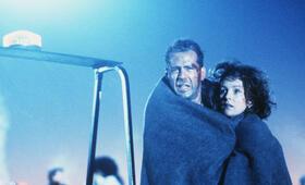 Stirb langsam 2 mit Bruce Willis und Bonnie Bedelia - Bild 4