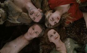Golden Youth mit Isabelle Huppert, Melvil Poupaud, Galatéa Bellugi und Lukas Ionesco - Bild 21
