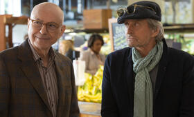 The Kominsky Method, The Kominsky Method - Staffel 1 mit Michael Douglas und Alan Arkin - Bild 8